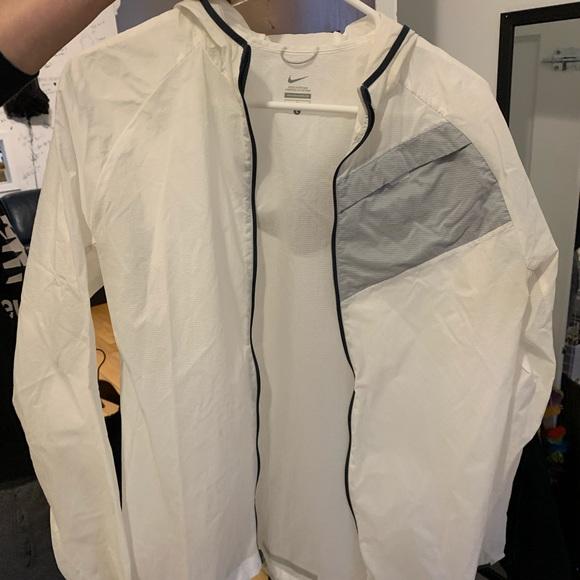 Nike Jackets & Blazers - Manteau de pluie transparent Nike
